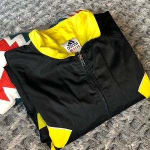 Adidas windbreak US men's XL. Black&Yellow